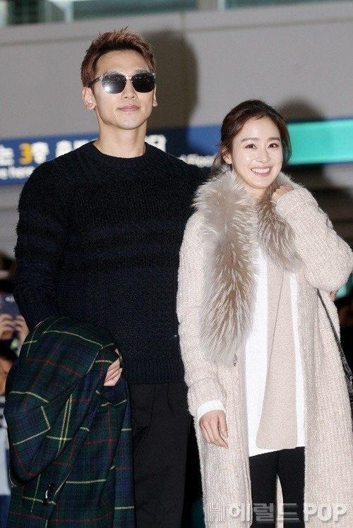 Kim Tae Hee và Bi (Rain) là một trong những sao châu Á hiếm hoi được mời tham dự lễ trao giải Grammy năm 2017.