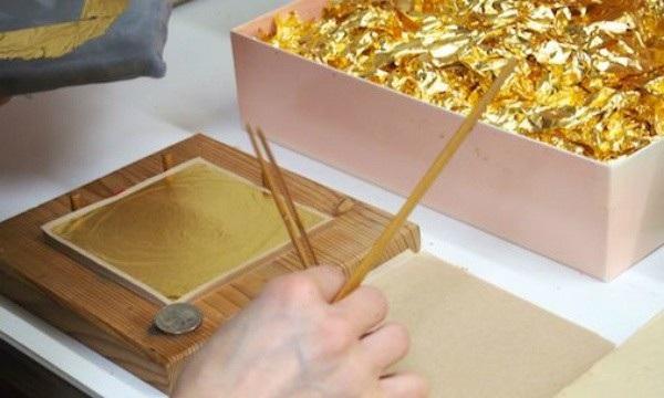 Vàng lá ở Kanazawa còn được sử dụng trong thực phẩm