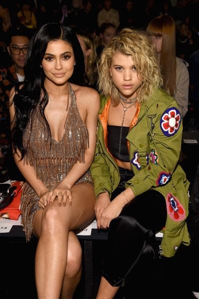 Với hơn 82 triệu lượt theo dõi trên trang mạng Istagram, Kylie là một trong những sao teen hot nhất Hollywood