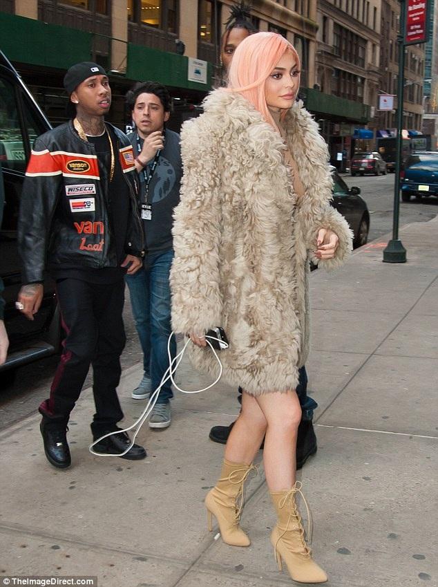 Chưa đầy 20 tuổi nhưng Kylie Jenner đã rất thành công trong lĩnh vực kinh doanh thời trang