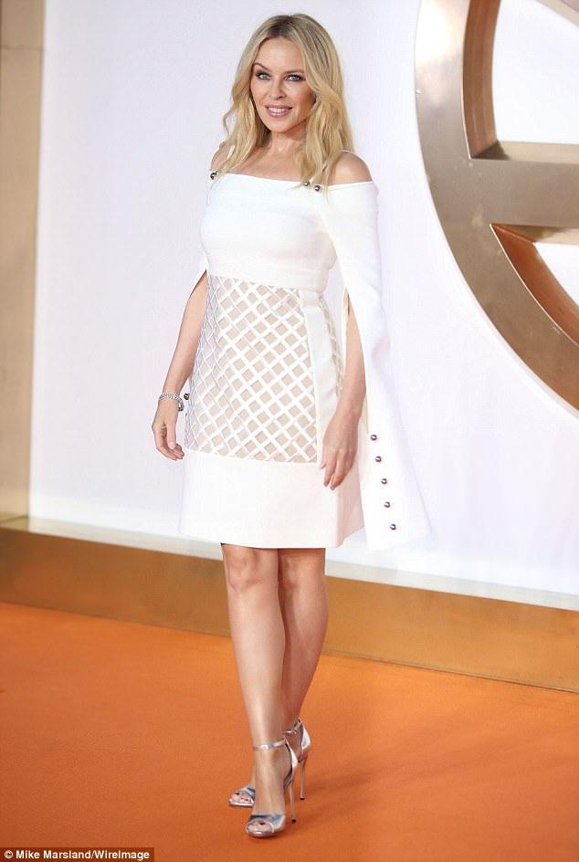 Kylie Minogue bất ngờ tái xuất tại Anh ngày 18/9 vừa qua và dự công chiếu bộ phim mới Kingsman: The Golden Circle