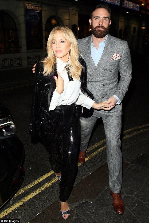 Kylie và Joshua đã ở bên nhau gần 2 năm.