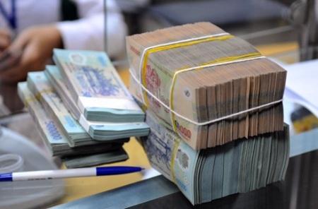 Nhiều ngân hàng giảm lãi suất huy động VND (ảnh minh họa).