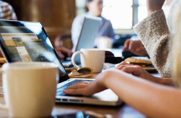 Hội chứng nguy hiểm khi bạn ngồi làm việc liên tục cả ngày - 1