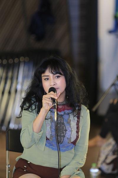 Diva Thanh Lam gây bất ngờ với vẻ ngoài trẻ trung như gái đôi mươi - 1