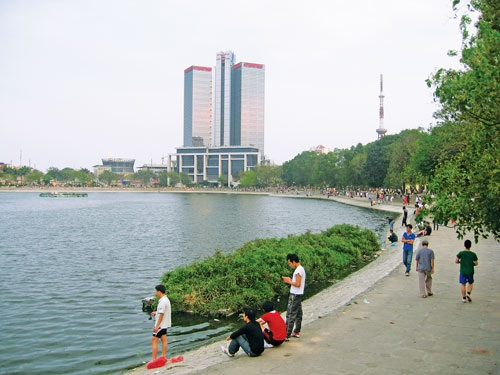Đại diện chủ đầu tư Việt Hưng đề xuất lấp 1ha hồ Thành công để xây nhà tái định cư (Ảnh minh họa)