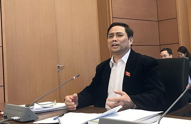 Ông Phạm Minh Chính - Trưởng ban Tổ chức Trung ương cho rằng, chỉ cần tiết kiệm chi thường xuyên 2 năm là có đủ tiền giải phóng măt bằng sân bay Long Thành