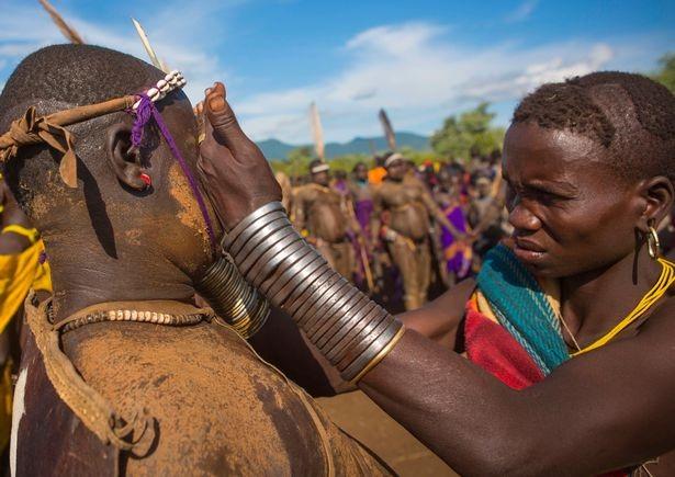 Lễ hội khoe… bụng bự ở châu Phi - 4