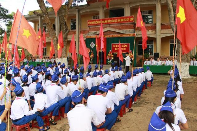 Học sinh Quảng Trị tham gia lễ khai giảng năm học 2016-2017
