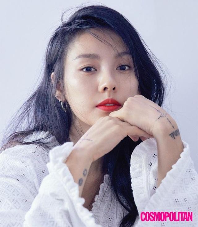 Lee Hyori khẳng định, cô không có bạn trong làng giải trí.