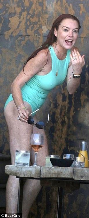 Nữ diễn viên phim Mean Girls mới qua tuổi 31 nhưng đã rất già nua
