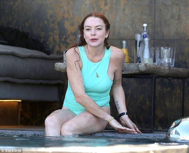 Sau hàng loạt scandal đời tư, nữ diễn viên này hiện đã không thể đóng phim nữa