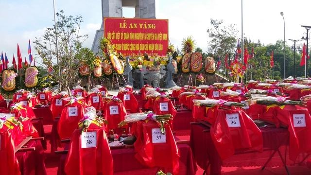 An táng 104 hài cốt quân tình nguyện, chuyên gia Việt Nam hy sinh tại Lào - 3