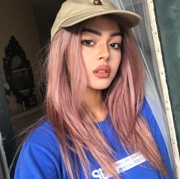 Tuy vậy, việc hot girl đình đám số 1 Instagram đã đến Việt Nam hay chưa vẫn chưa thể xác định thực hư bởi Lily không tiết lộ thông tin cụ thể. Mặc dù trước đó, một trong những bài viết của Lily có nhắc tới việc cô sẽ đến Việt Nam trong năm 2017.