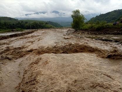 Lũ lớn trên dòng suối Nà Lặc- Trịnh Tường (Ảnh: Đức Tiến, Đài TT- TH Bát Xát)