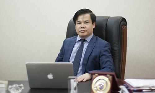 Luật sư Lê Đình Vinh - Giám đốc Công ty TNHH Luật Vietthink đã thi tuyển và trúng vào vị trí Hiệu trưởng Đại học Luật Hà Nội nhưng sau hơn 2 năm vẫn chưa được bổ nhiệm.