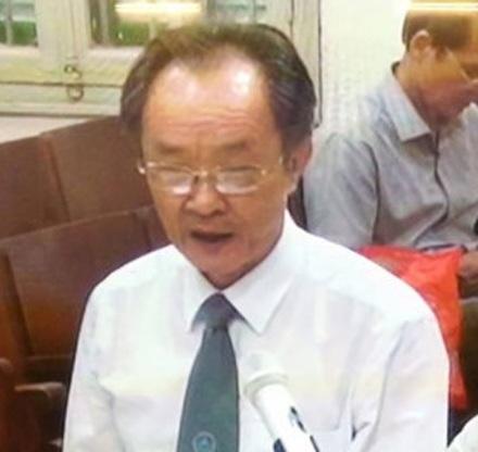 Luật sư Tâm và các đồng sự tham gia bào chữa cho bị cáo Nguyễn Xuân Sơn tỏ ra thất vọng với quan điểm của Viện Kiểm sát khi luận tội bị cáo Sơn.