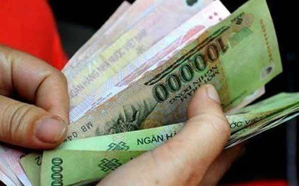 Lương cơ sở tăng từ 1.210.000 đồng lên 1.300.000 đồng từ ngày 1/7/2017.