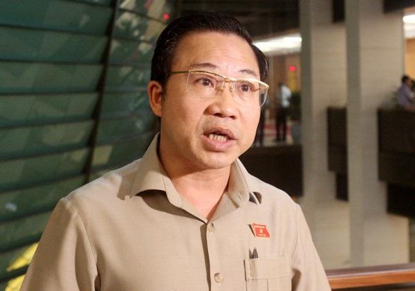 Đại biểu Quốc hội Lưu Bình Nhưỡng cho rằng chặn xe đòi nợ là có dấu hiệu của hành vi cưỡng đoạt tài sản.