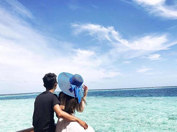 Chuyến du lịch lãng mạn của hai vợ chồng