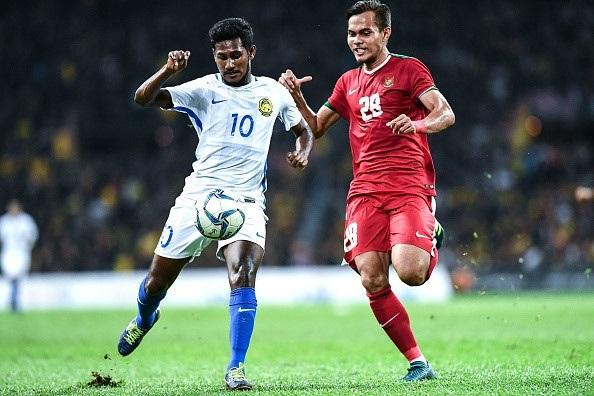 U22 Malaysia (trắng) giành quyền vào chung kết đầy xứng đáng