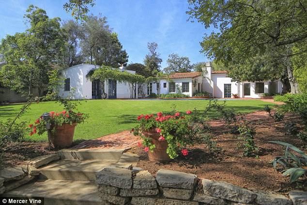 Biệt thự tại Los Angeles - nơi Marilyn Monroe từng sống những ngày cuối đời đang được rao bán