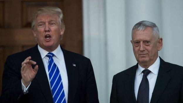 Tổng thống Mỹ Donald Trump và Bộ trưởng Quốc phòng Jim Mattis (Ảnh: Getty)
