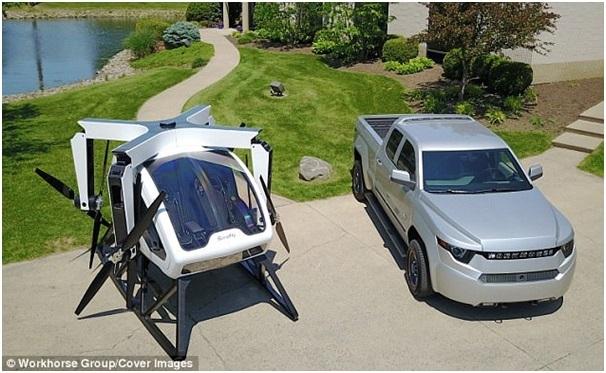 SureFly có thiết kế khá nhỏ gọn chỉ tương đương một chiếc ô tô con, với hệ thống cánh quạt có thể gấp gọn lại.