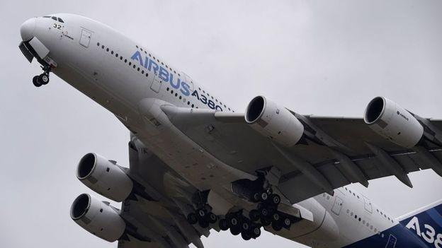 Airbus A380 đang rơi vào tình trạng ế khách (Ảnh: BBC)