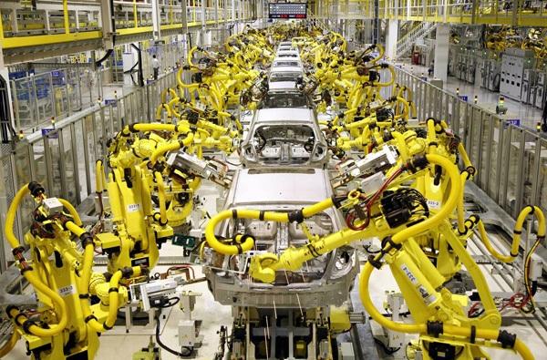 """Những nghề con người có nguy cơ bị máy móc """"cướp việc"""" trong tương lai - 2"""