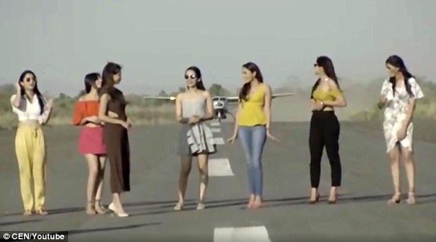 Giới chức hàng không Ấn Độ đang điều tra vụ việc. (Ảnh: CEN)