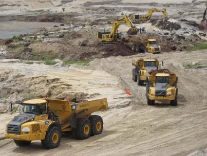 Dự án khai thác mỏ sắt Thạch Khê đã tạo việc làm cho hàng ngàn lao động cho tỉnh Hà Tĩnh