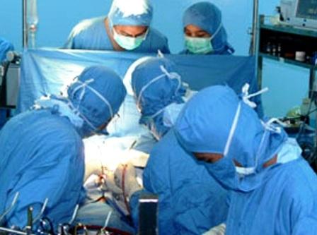 Bệnh nhi đã được phẫu thuật lấy thành công mũi kim gãy trong tim tại Nhi Đồng 1