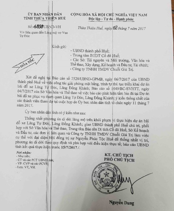 Văn bản của UBND tỉnh Thừa Thiên Huế giao cho UBND TP Huế cùng các bên làm việc với Nguyễn Phúc Tộc Huế để thống nhất vị trí và phương án di dời lăng mộ vợ vua Tự Đức