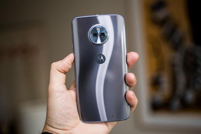 10 mẫu smartphone cận cao cấp đáng chú ý nhất năm 2017 - 10