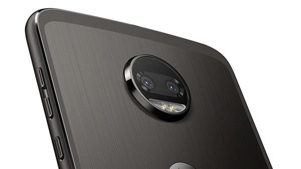 Z2 Force Edition là chiếc smartphone đầu tiên sở hữu camera kép của Motorola
