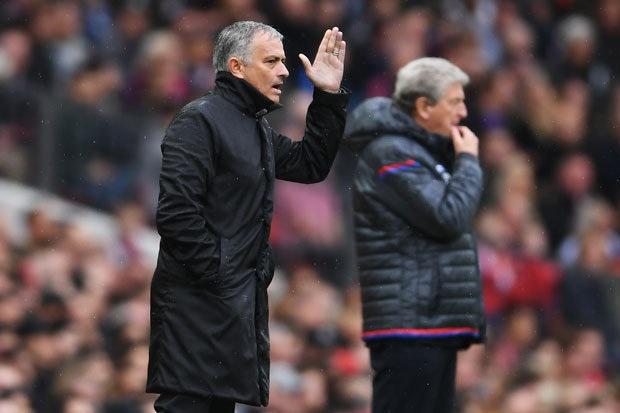 HLV Mourinho thừa nhận mình đã trưởng thành hơn