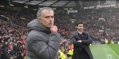 Thông điệp của HLV Mourinho hướng về những kẻ chỉ trích