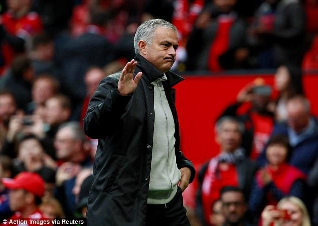 Người đặc biệt Jose Mourinho từ chối nói về ngôi vô địch giải Ngoại Hạng Anh vào lúc này
