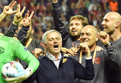 Mourinho đầy phấn khích khi cùng MU gặt hái thành công