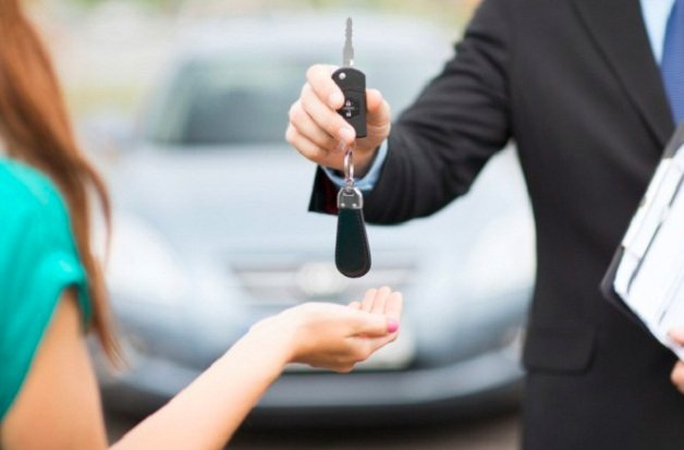 Hiệp hội Ngân hàng kiến nghị không xử phạt đối với lái xe đăng ký xe trả góp (ảnh minh họa).