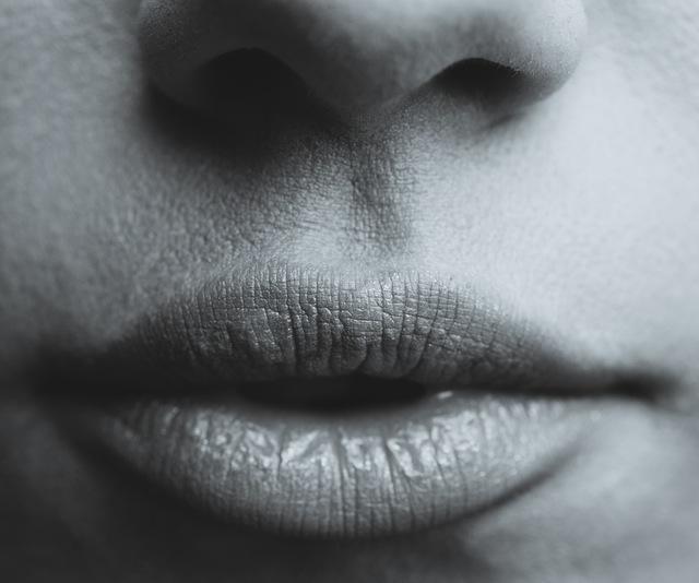 Ba bệnh có thể gây ra mùi khó chịu, và những thức ăn có thể giúp giảm mùi cơ thể.