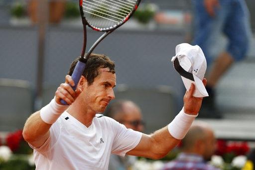 Murray chia tay Madrid Open trong cay đắng