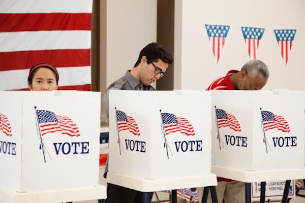 Người dân Mỹ đi bỏ phiếu bầu tổng thống (Ảnh: Getty)