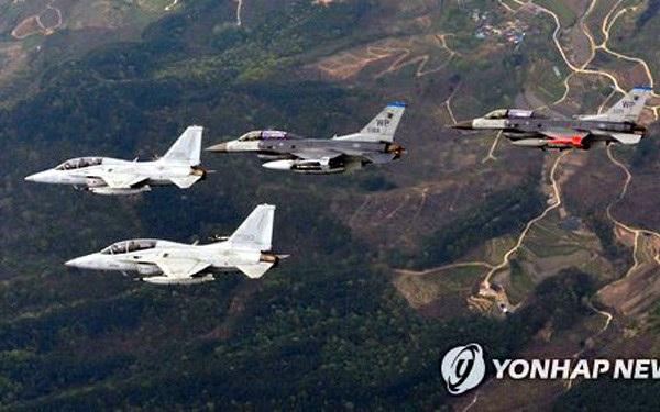 Máy bay Mỹ và Hàn Quốc trong cuộc tập trận hồi tháng 4. (Ảnh: Yonhap)