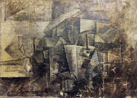 """Bức """"La Coiffeuse"""" (Thợ làm tóc) của danh họa người Tây Ban Nha - Pablo Picasso - biến mất năm 2001 và được tìm thấy trở lại trên một chuyến tàu thủy từ Bỉ tới Mỹ hồi tháng 12/2014. Trên tàu, bức họa được khai là một bức tranh chép rẻ tiền. Cảnh sát nghi ngờ và quyết định giữ bức tranh lại, cuối cùng, đó chính là bức họa bị đánh cắp của Picasso từ hơn một thập kỷ trước."""
