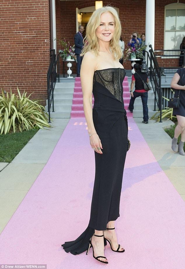 Nicole Kidman được tôn vinh tại 1 sự kiện với vai nữ chính trong phim Big Little Lies ngày 21/9 vừa qua