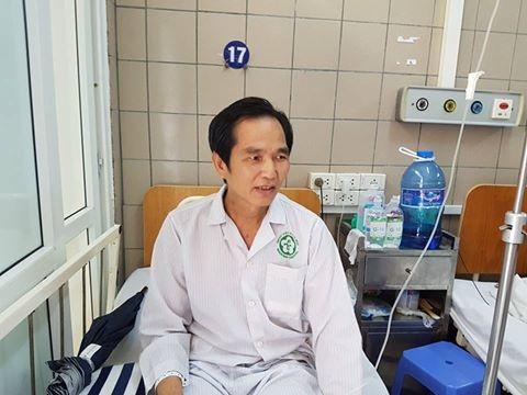Ông Chu Văn Mai và vợ thoát khỏi cửa tử nhờ sự giúp đỡ của bạn đọc Dân trí, chia sẻ khó khăn về tài chính do bệnh nhân không có BHYT.Ảnh: H.Hải