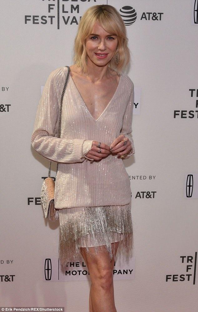 Sao phim The Ring Naomi Watts xuất hiện thanh lịch tại LHP Tribeca ngày 29/4 vừa qua