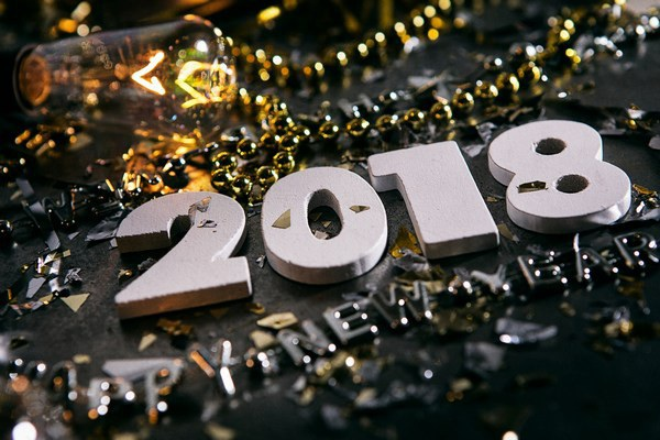 """Bộ ảnh đẹp """"Chúc mừng năm mới 2018"""" trên mạng xã hội - 14"""